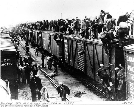 Great Depression: Unemployed men hop train